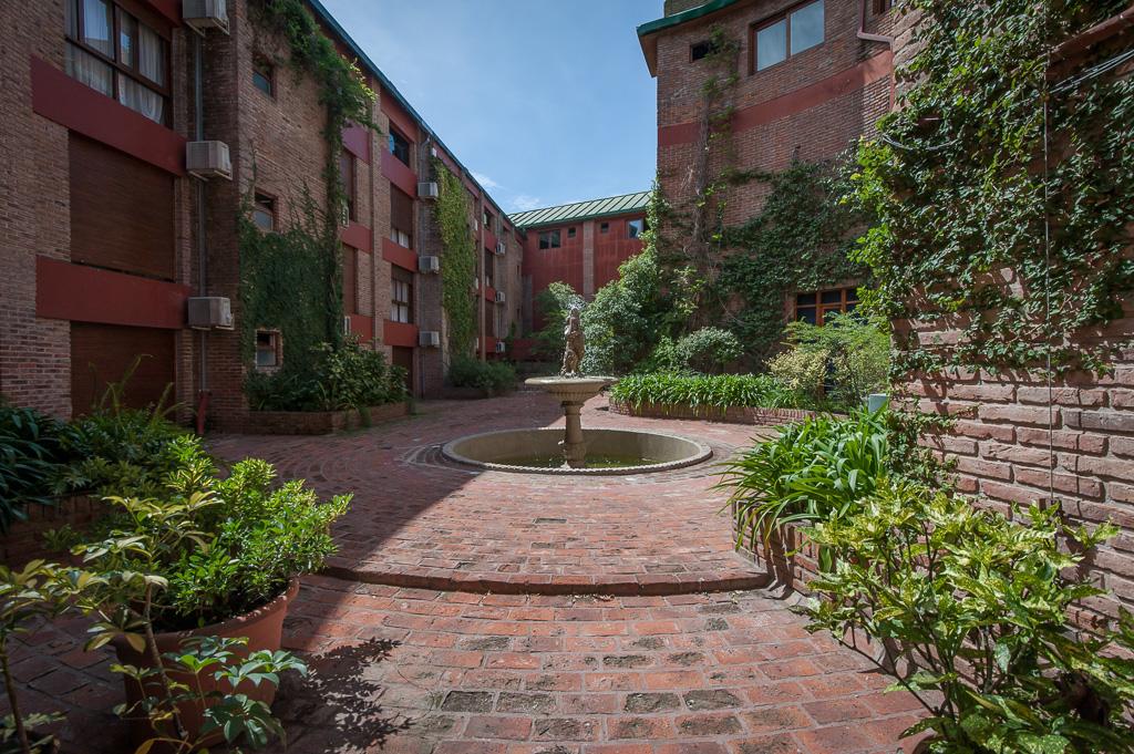 vista al jardín interno del hotel
